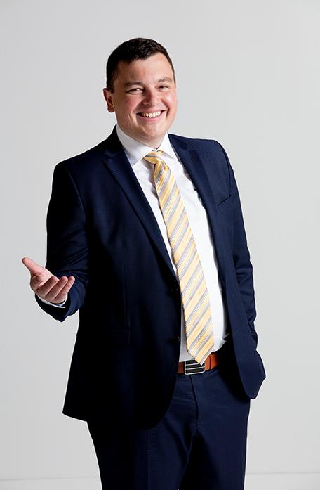 Marc Sturm ist Ihr Anwalt Aichach - immer im Bild für Deutsche Energieberatung